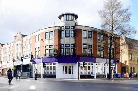 View full details for York Street, Twickenham, TW1