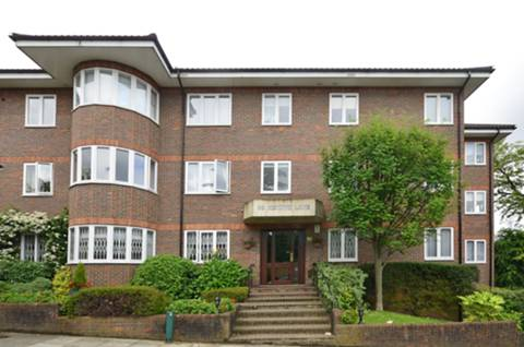 View full details for Hendon Lane, Finchley Central, N3