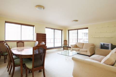 View full details for Windsor Way, Brook Green, W14