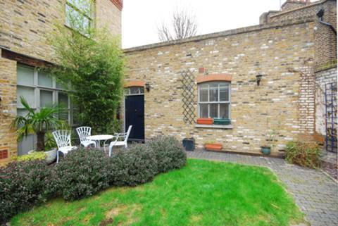 View full details for Hardwicke Mews, Clerkenwell, WC1X
