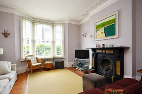 View full details for Ramsden Road, Balham, SW12