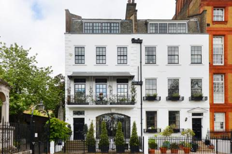 View full details for Cheyne Walk, Chelsea, SW3