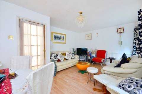 View full details for Crescent Rise, Alexandra Park, N22