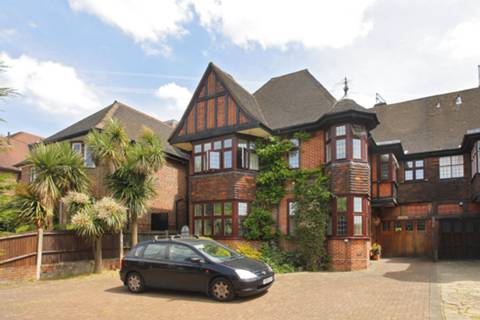 View full details for Wykeham Road, Hendon, NW4