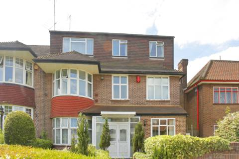 View full details for Bridge Lane, Temple Fortune, NW11