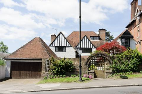View full details for Sudbury Hill, Harrow on the Hill, HA1