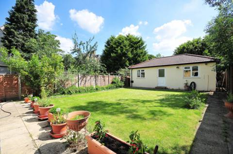 View full details for Waldegrave Road, Strawberry Hill, TW1