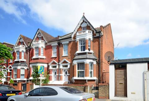 View full details for Linthorpe Road, Stamford Hill, N16