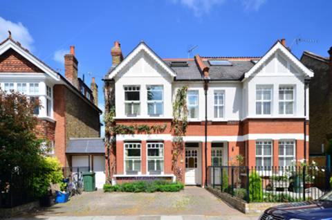 View full details for Teddington Park, Teddington, TW11
