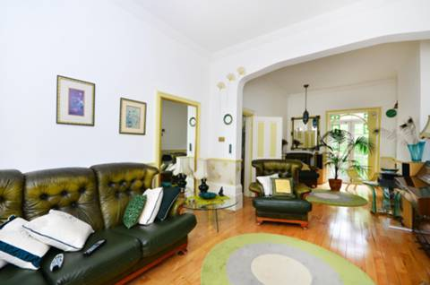 View full details for Cadogan Terrace, Victoria Park, E9