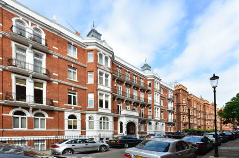 View full details for Kensington Court, High Street Kensington, W8