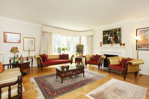 View full details for Avenue Close, St John's Wood, NW8
