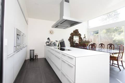 View full details for Nash Terrace, Highbury, N5