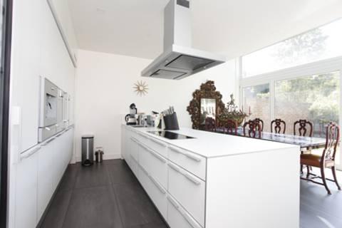 View full details for Nash Terrace, Highbury, N5