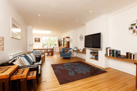 View full details for Drewstead Road, Streatham Hill, SW16