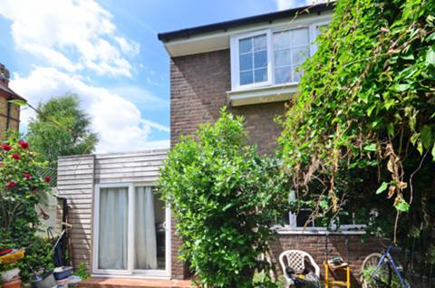 View full details for Cressfield Close, Kentish Town, NW5