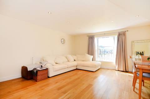 View full details for St Matthews Row, Shoreditch, E2