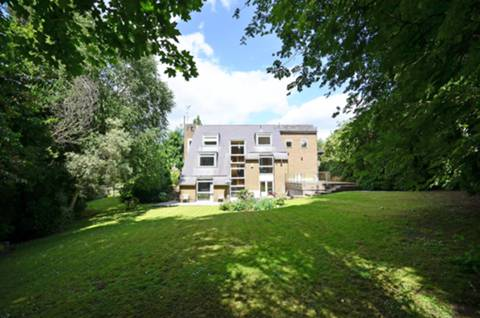 View full details for White Orchards, Totteridge, N20