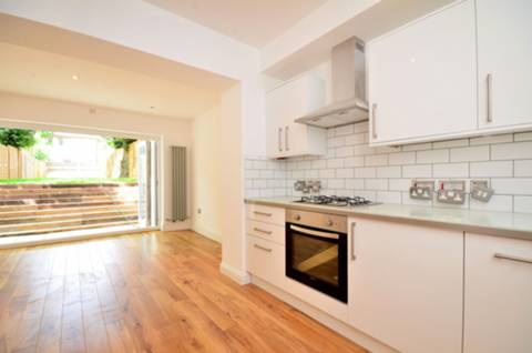 View full details for Manor Avenue, Brockley, SE4