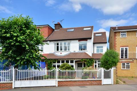 View full details for Southfield Road, Chiswick, W4