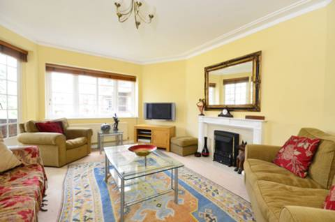 View full details for Roehampton Close, Roehampton, SW15