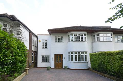 View full details for Bramley Road, Oakwood, N14