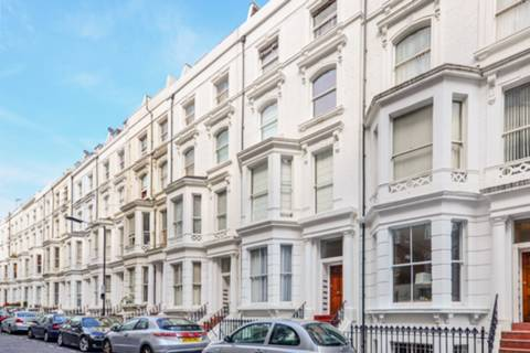 View full details for Hatherley Grove, Westbourne Grove, W2