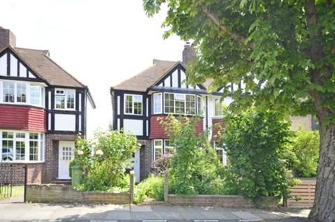 View full details for Exford Road, Hither Green, SE12