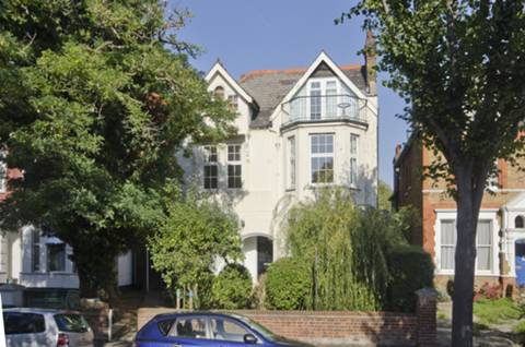 View full details for Madeley Road, Ealing, W5