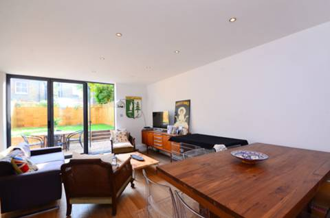 View full details for Salford Road, Telford Park, SW2