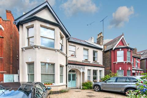 View full details for Walm Lane, Mapesbury Estate, NW2