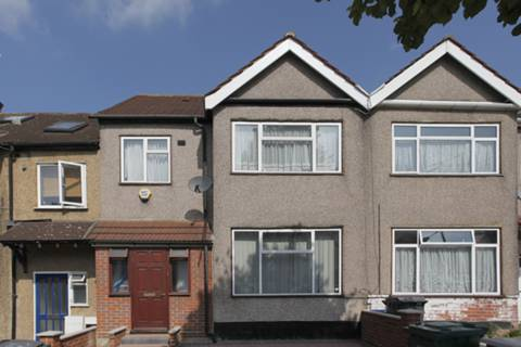 View full details for Park Road, Hendon, NW4