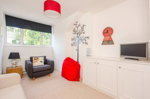 View full details for Kingswood Avenue, Queen's Park, NW6