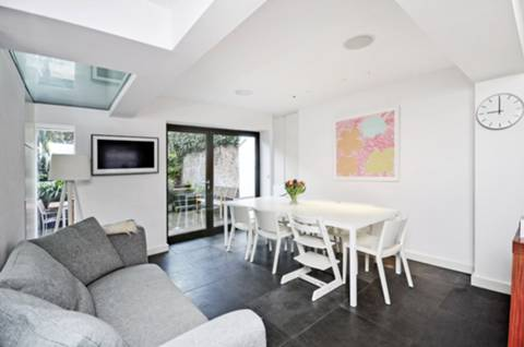 View full details for Huntingdon Street, Barnsbury, N1