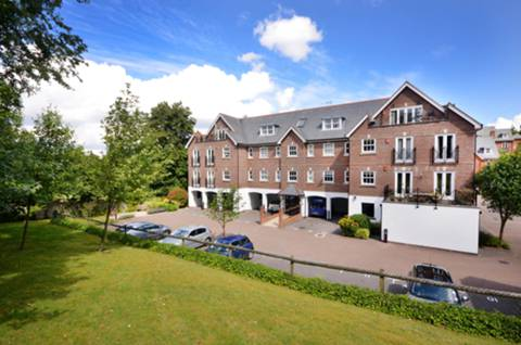 View full details for Sells Close, Guildford, GU1