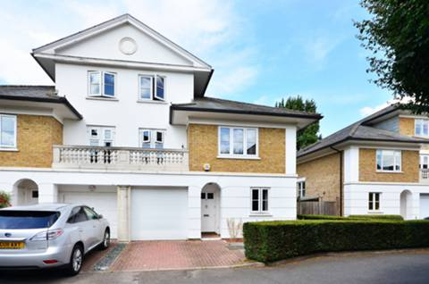 View full details for Crofton Avenue, Grove Park, W4