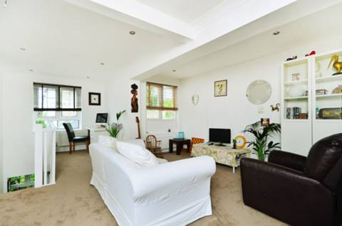 View full details for Calbourne Road, Nightingale Triangle, SW12