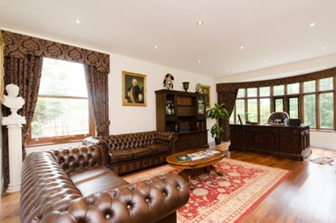 View full details for Pine Grove, Totteridge, N20