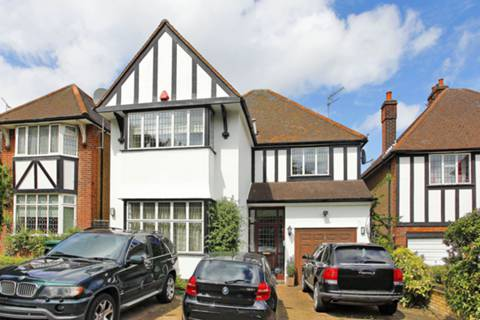 View full details for Friern Barnet Lane, Friern Barnet, N20