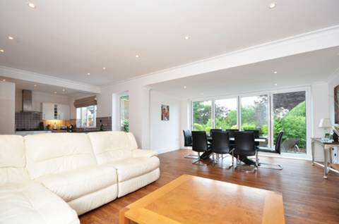 View full details for Worcester Park, Worcester Park, KT4