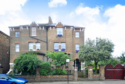 View full details for Lordship Park, Stoke Newington, N16