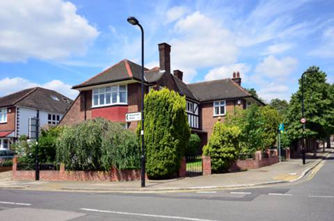 View full details for Beaufort Road, North Ealing, W5
