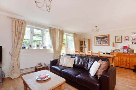 View full details for Hartland Road, Isleworth, TW7