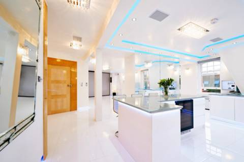 View full details for The White Penthouse, Marylebone, NW1