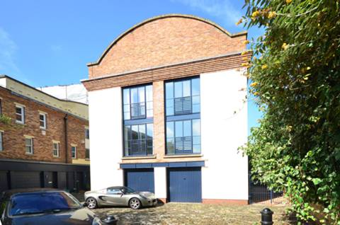 View full details for St Pauls Mews, Camden, NW1