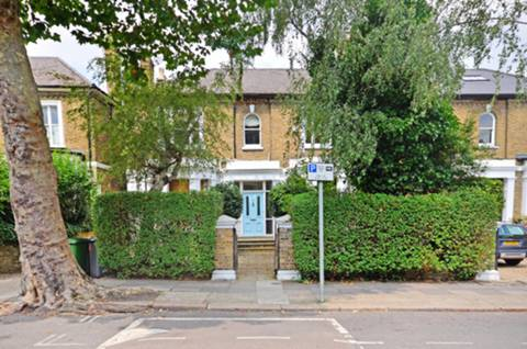 View full details for Cavendish Road, Brondesbury, NW6