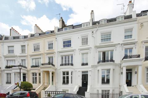 View full details for Alma Square, St John's Wood, NW8