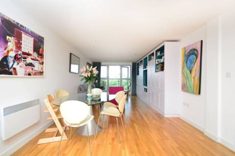 View full details for Southgate Road, De Beauvoir Town, N1