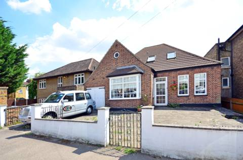 View full details for Winterbourne Road, Catford, SE6