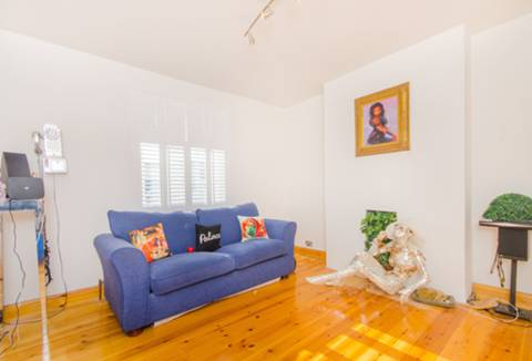 View full details for Kings Road, South Norwood, SE25
